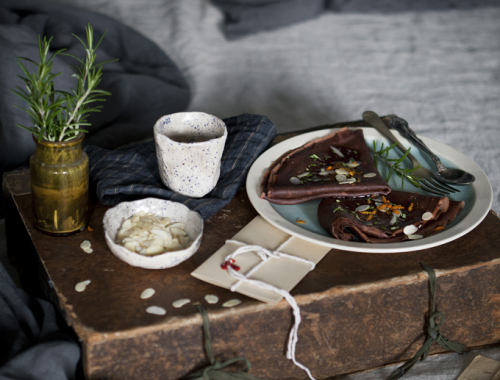 A Matter Of Rhythm: Slow Breakfast With Chestnut Flour Crepes Flavoured With Rosemary, Chestnut Honey, Orange Peel And Almonds | The Freaky Table by Zaira Zarotti
