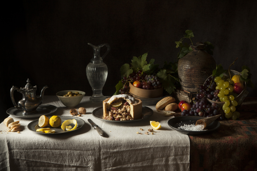 Dutch apple cake inspired by Flemish paintings. The Freaky Table by ©ZairaZarotti